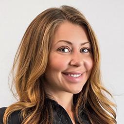 Viktoria Saklofske, Mortgage Broker