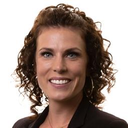 Erika Huska, Mortgage Broker